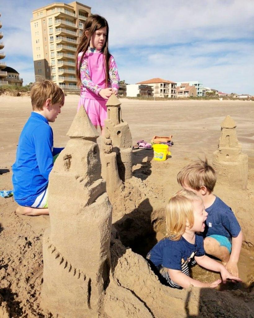 kids making sandcastles