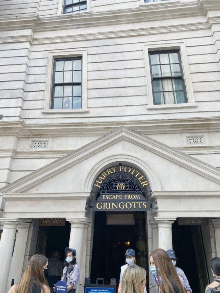Gringotts Universal Studios ride