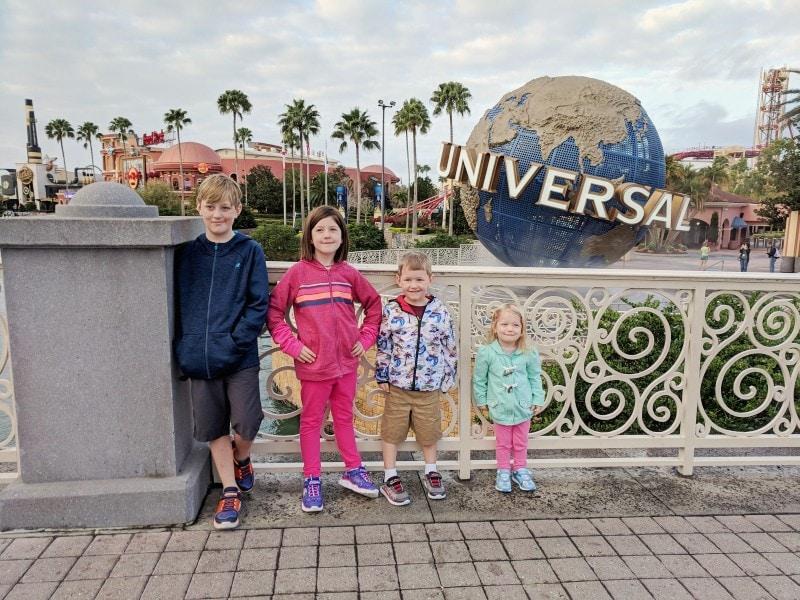 kids at universal studios orlando