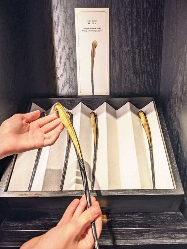 Golden Snitch wand